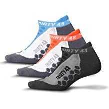 pair of moisture wicking socks review